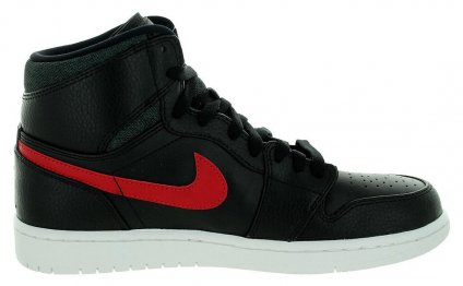 Nike Men s Air Jordan 1 Retro