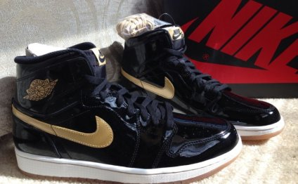 #4 Air Jordan 1 (Black and
