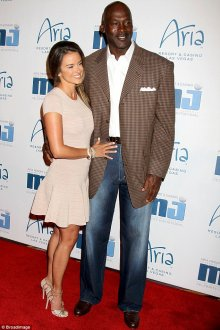 twice as much fun! jordan and his spouse Yvette Prieto expect identical twin girls in accordance with TMZ