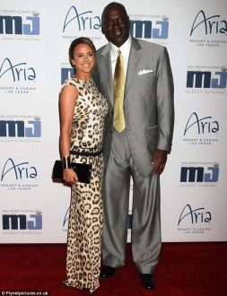 Proceeding with care: Michael Jordan has actually reportedly made their fiancee Yvette Prieto sign a prenuptial arrangement
