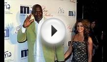 SPORTS: Michael Jordan, wife have identical twin girls